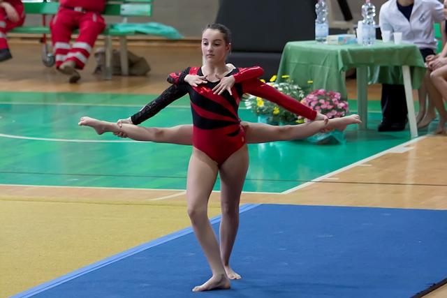 Profumi sport abbigliamento ginnastica artistica ritmica for Profumi sport